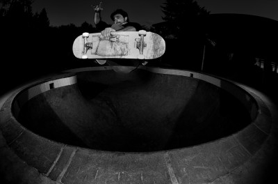 preview damien frtside air lincoln pool fish eye de face b and w horiz