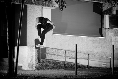 preview val bauer boardslide pop out bdx b and w