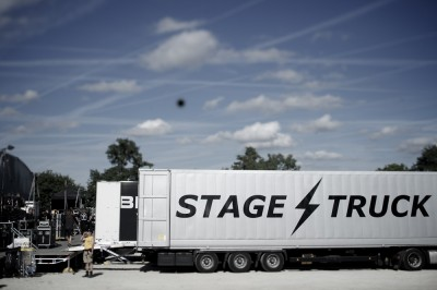 web stage truck