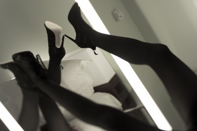 preview heels on mirror