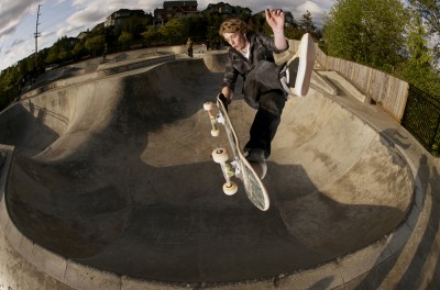 web arron frtside air nose grab one foot fish eye
