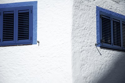 preview blue window sitges