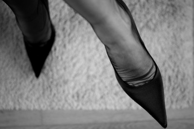 preview le pied bas plisse b and w