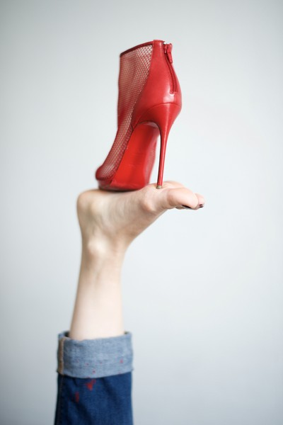 preview red louboutin on foot2