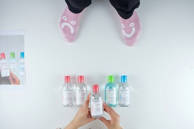 preview bioderma vs pink socks