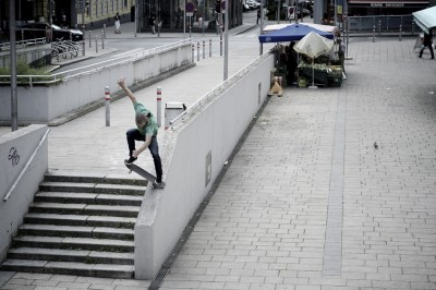 preview micka germond over nosebluntslide vienne