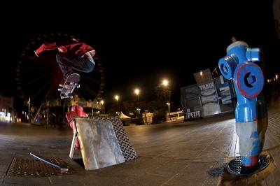 preview bastien wallie over pole horiz
