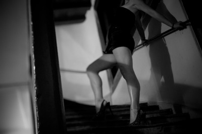 preview bonjour madame vs legs in stairs